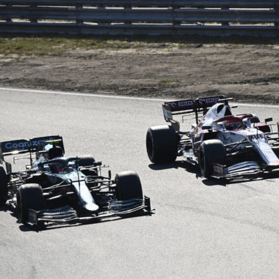 Formel 1 Sebastian Vettel Aston Martin überholt Robert Kubica Niederlande GP 2021
