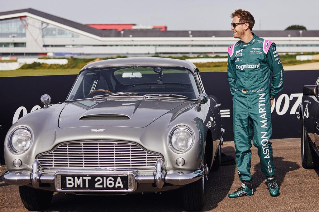 Formel 1 Sebastian Vettel Aston Martin 007 PR Event