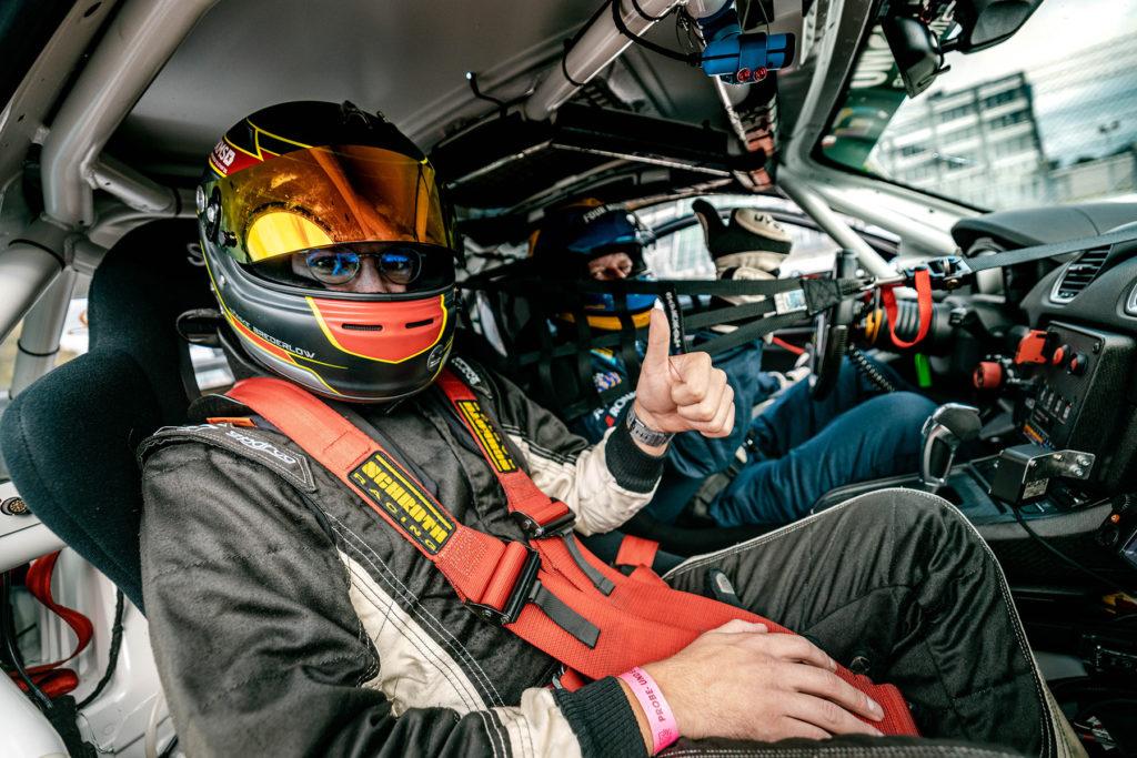 Smudo mit seinem Bio-Porsche. Credit: Gruppe C Photography